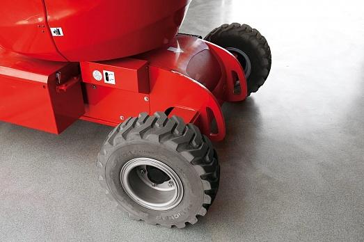 Непачкающие колеса коленчатого подъемника Manitou 150